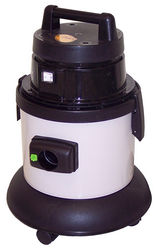wet & dry vacuum cle ...