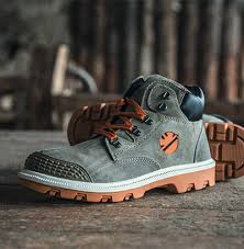 DIKE Italy Safety Shoe from Uruguay Group Of Companies   Abu Dhabi,